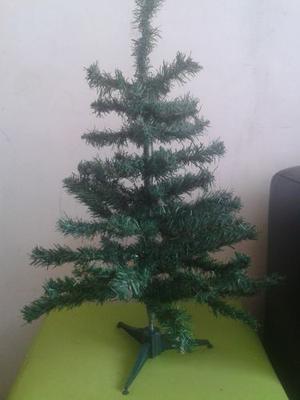 Mini Arbol De Navidad. Adornos De Navidad