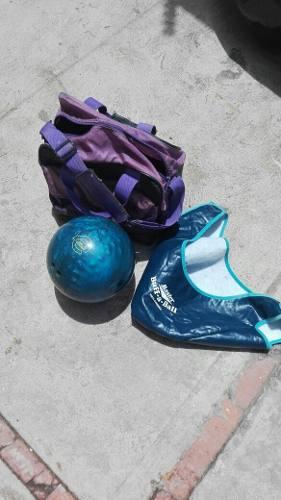 Pelota De Bowling Marca Ebonite Femenina 13lb