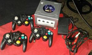 Vendo Game Cube Tres Controles