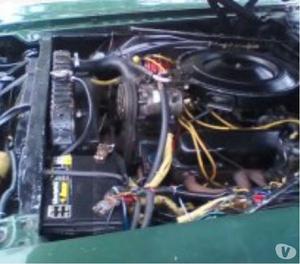 carro clásico NEW YORKER de la Chrysler año 70