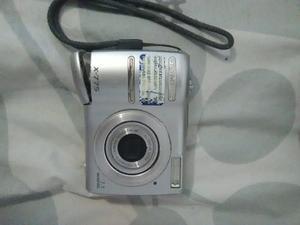 Camara Digital Olympus Con Memoria Y Camara Premier De Rollo