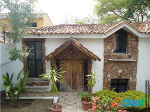 Venta Casa en el Este Barquisimeto 18-7331