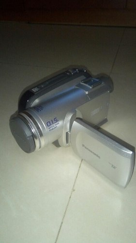 Video Camara Digital Panasonic 32x Optical Zoom