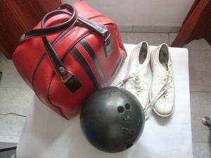 Bola De Bowling Marca Ebonite Modelo Magnum 10 Libras