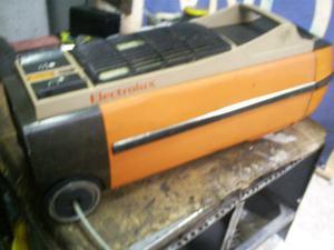 Aspiradora Electrolux 110v 700w