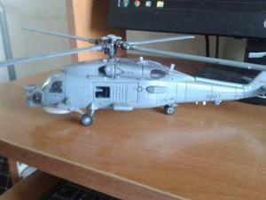 Helicoptero A Escala New Ray