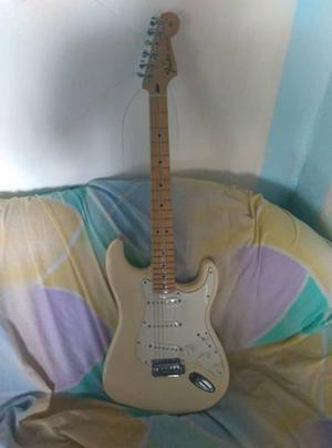 Guitarra Eléctrica Fender Stratocaster Mexicana