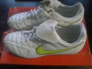 Tacos Nike Tiempo Para Futbol Nuevos Talla