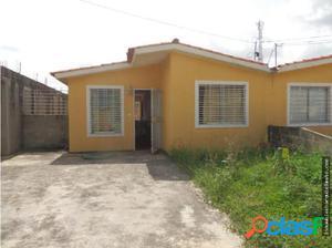 Vendo Linda Casa en la Urb. Hacienda Yucatan