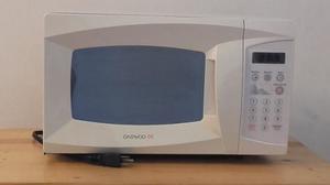 Horno Microondas Daewoo (modelo Kor-6l1bm)