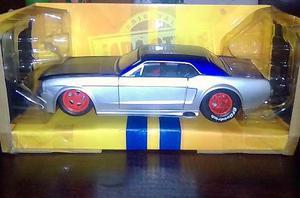 Ford Mustang  Clasico Escala 1/24 Colección Jada En