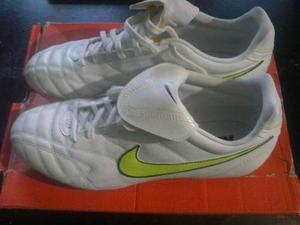 Tacos Nike Tiempo Para Futbol Nuevos Talla 42-43