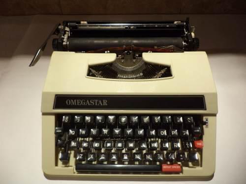 Maquina De Escribir Manual, Marca Omegastar