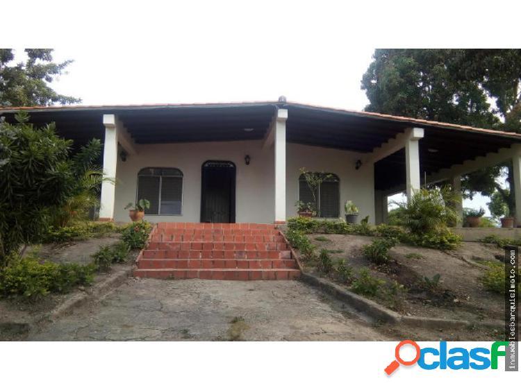 Amplia Casa en Venta en Barquisimeto El Manzano
