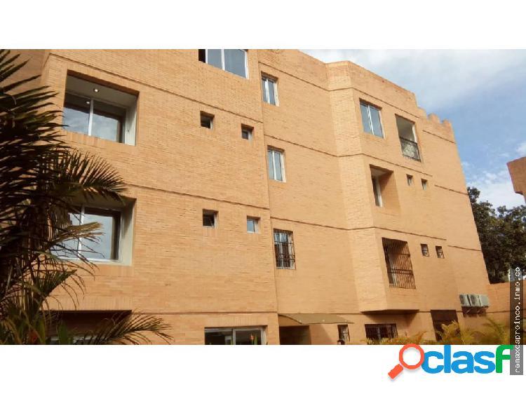 Apartamento Duplex 280 m2, El Parral, Carabobo
