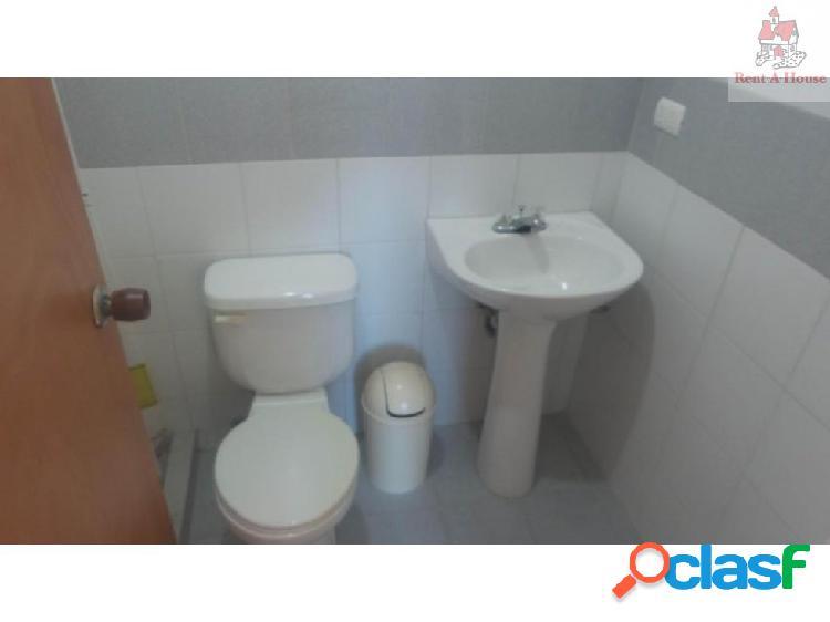 Apartamento en Venta El Bosque CV 18-2818