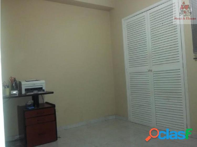 Apartamento en Venta El Bosque Lz 18-12190