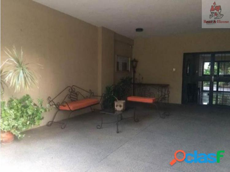Apartamento en Venta Los Mangos Lz 18-4982