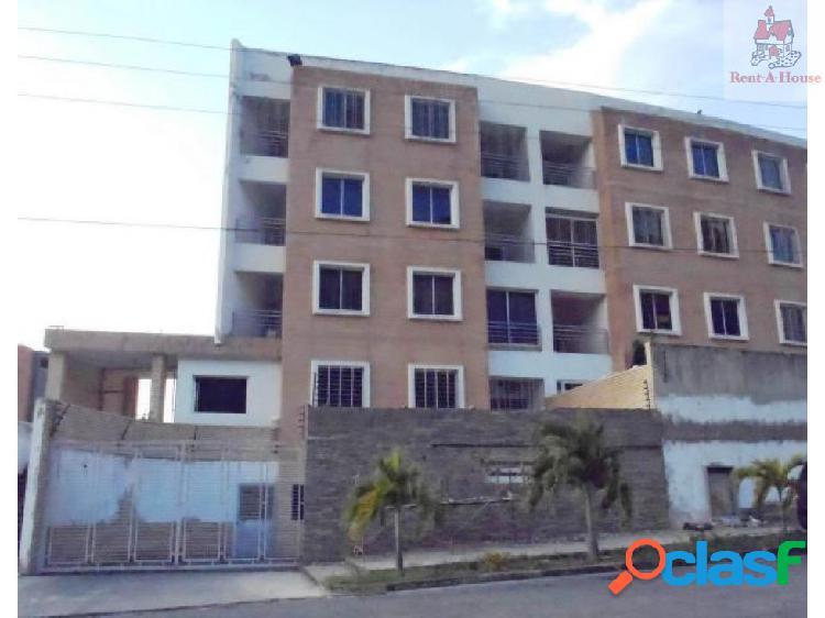 Apartamento en Venta Manongo Lz 18-16074