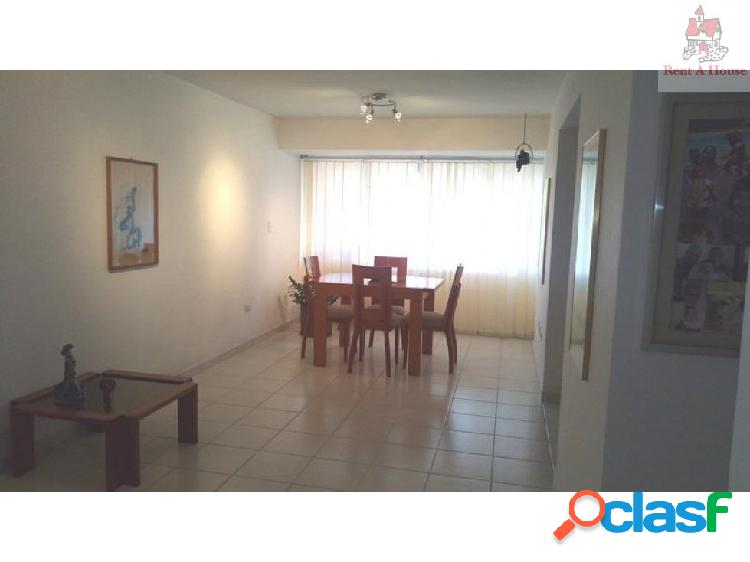 Apartamento en Venta Prebo I AM 18-12219
