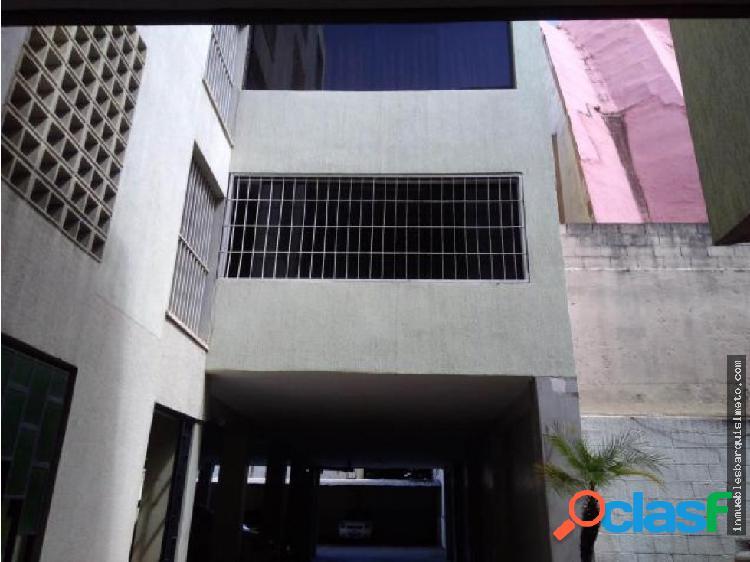 Apartamento en Venta en Barquisimeto 18-10333