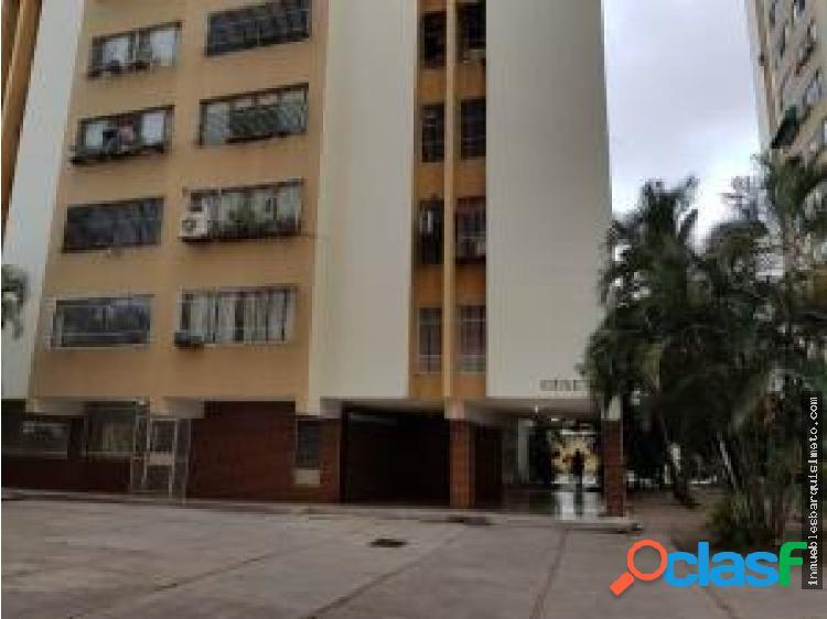 Apartamento en Venta en Barquisimeto 18-11433