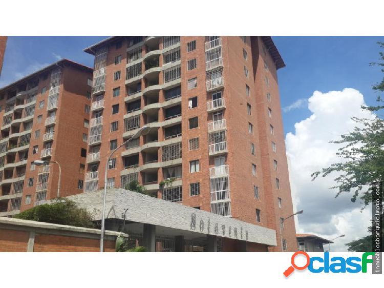 Apartamento en Venta en Barquisimeto 18-15123