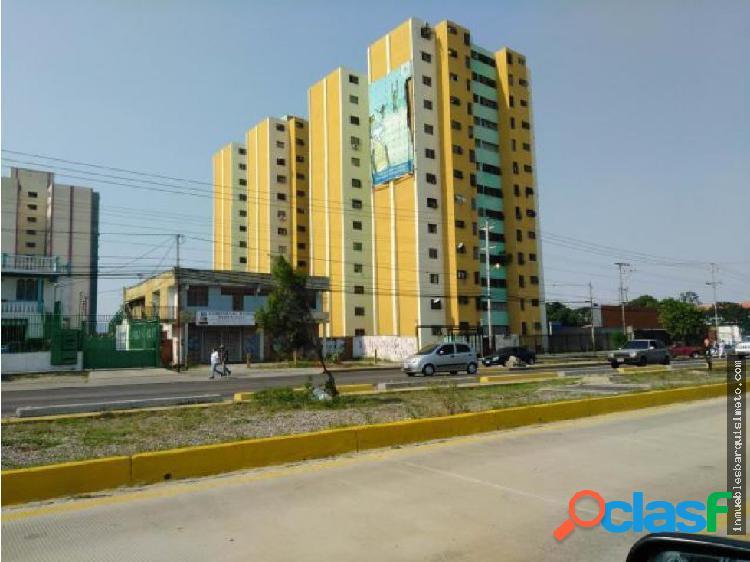 Apartamento en Venta en Barquisimeto 18-15320