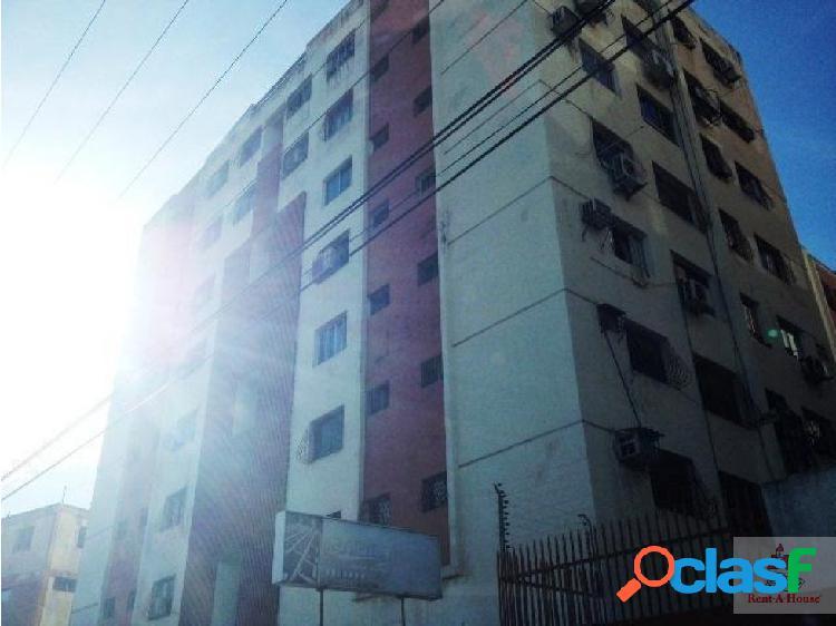 Apartamento en Venta en Barquisimeto. Cod.18-12525