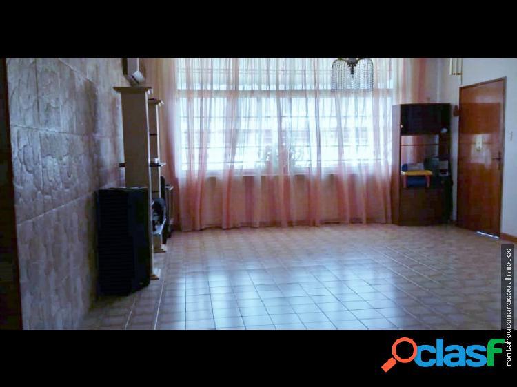 Apartamento en Venta en el Limón Maracay
