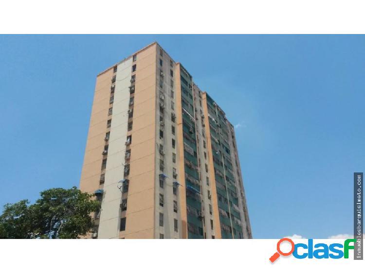 Apartamento en venta en Las Trinitarias 16-5476