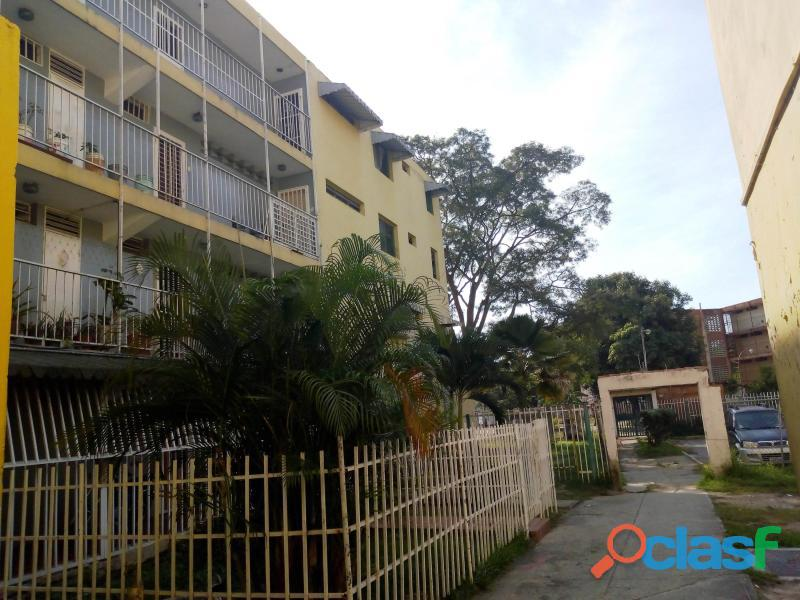 Apartamento en venta en Maracay, Caña de Azúcar Cod. 18
