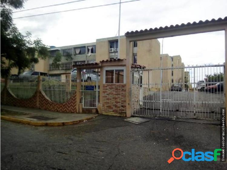 Apto en Venta en Cabudare La Mora MLS18-14985