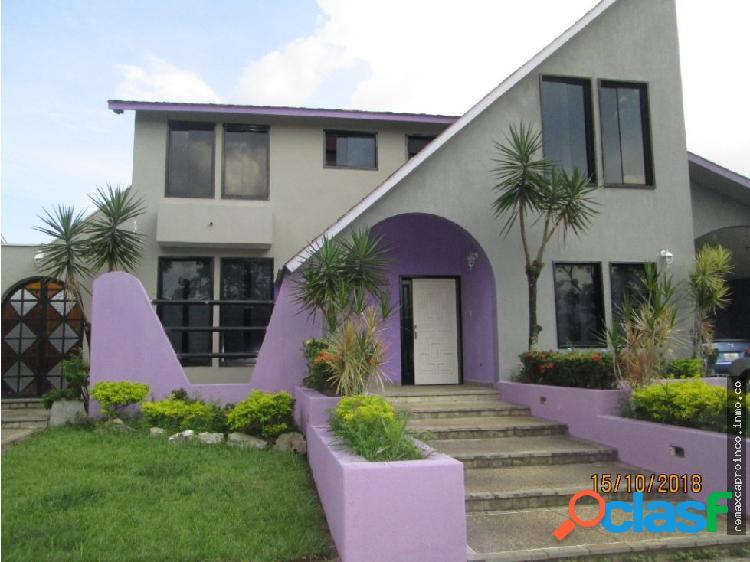 Casa en Venta Altos de Guataparo