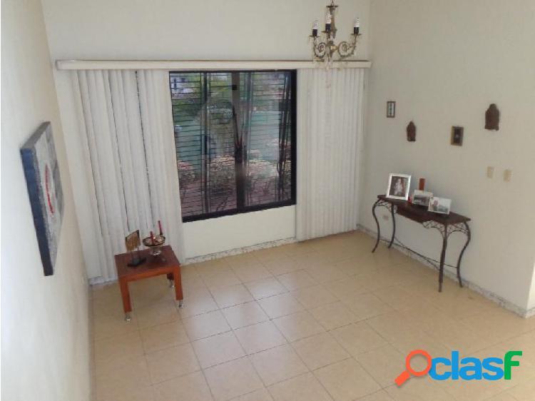 Casa en Venta El Parral OM 17-4014