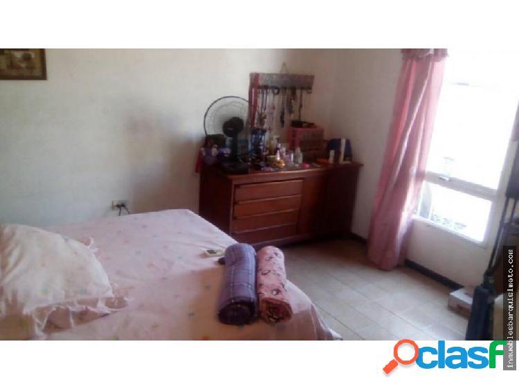 Casa en Venta Las Mercedes Cabudare 18-4823