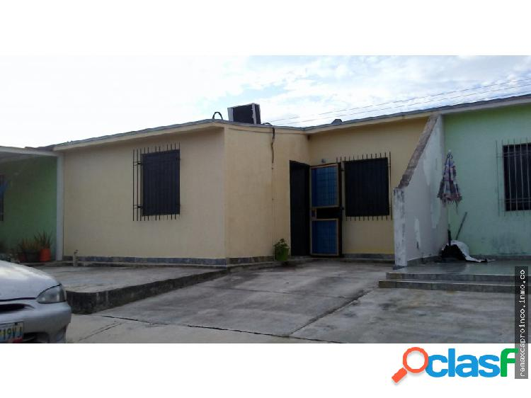 Casa en Venta Urb. Altamira San Joaquin Carabobo
