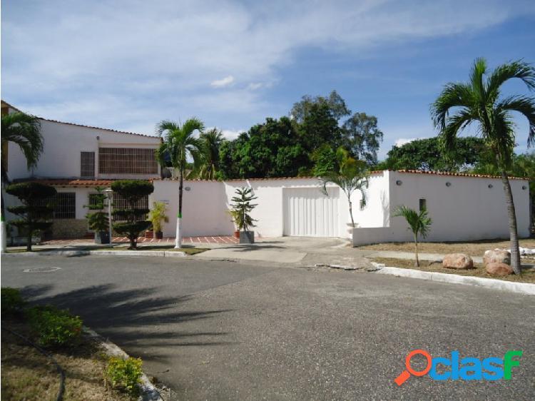 Casa en Venta Urb. La Rosaleda Barquisimeto