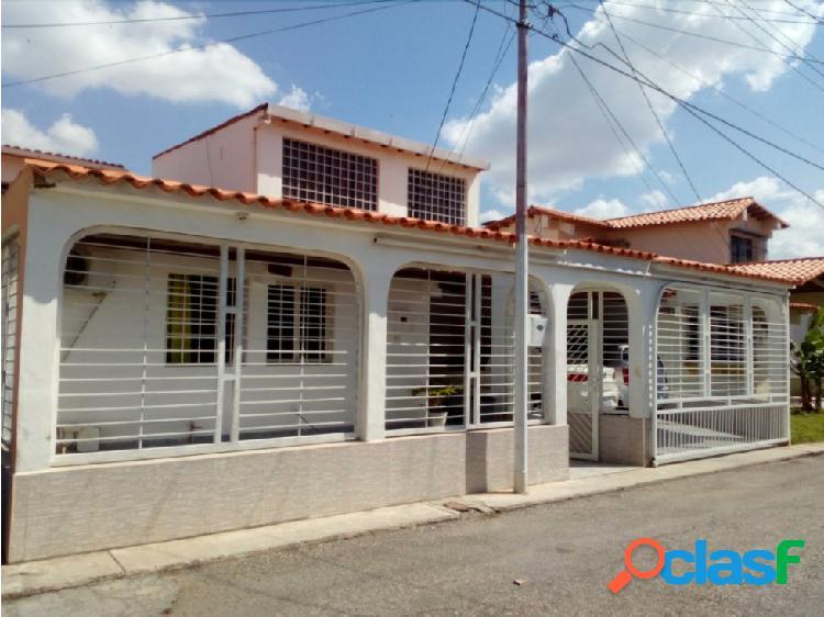 Casa en Venta Urb. Santa Cecilia Cabudare