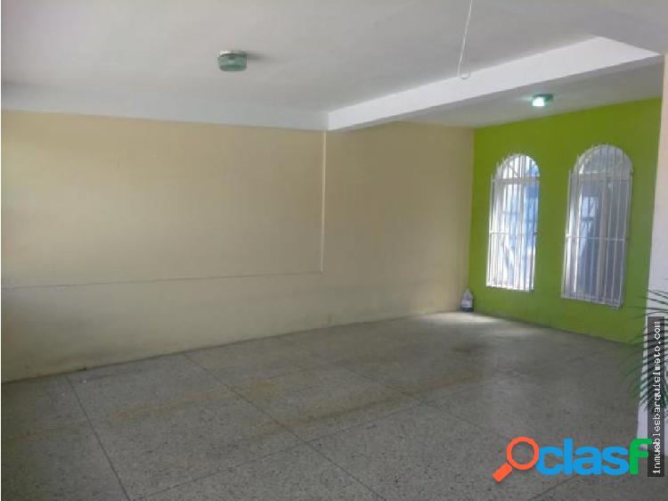 Casa en Venta en Cabudare 18-14350