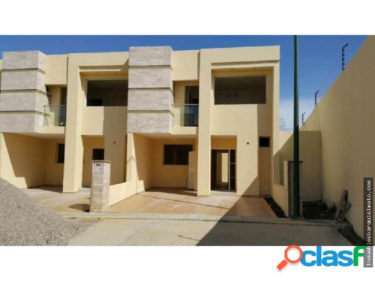 Casa en Venta en Cabudare 18-9922
