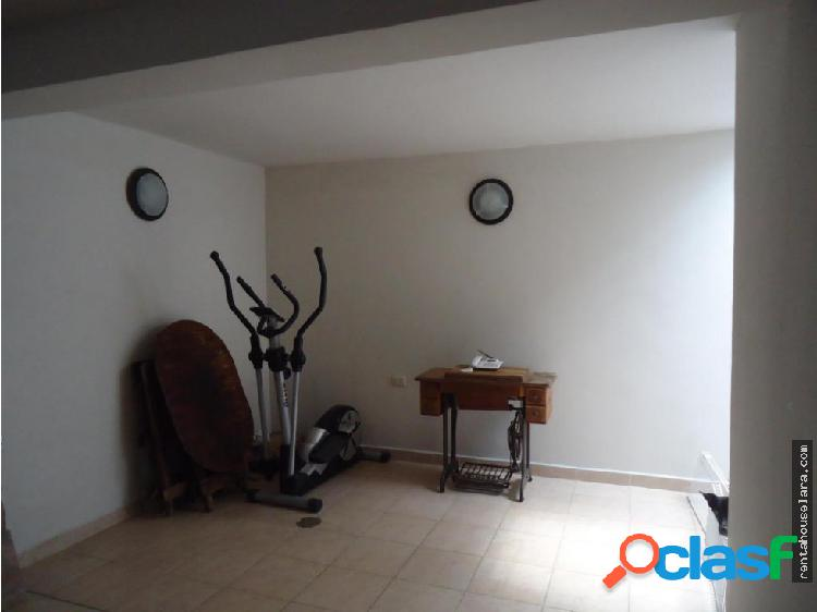 Casa en Venta en Cabudare Cod 18-2741