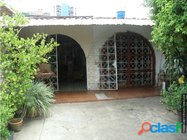 Casa en la Urb. Las Quintas de Naguanagua