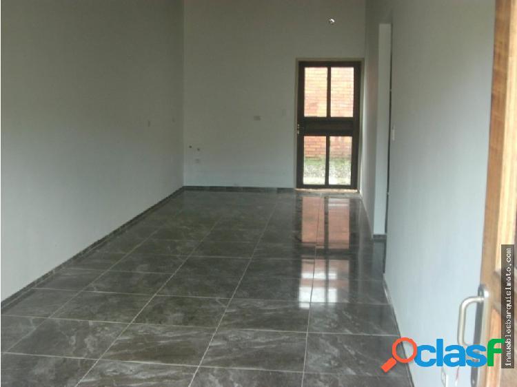 Casa en venta en Agua Viva Flex 18-16473