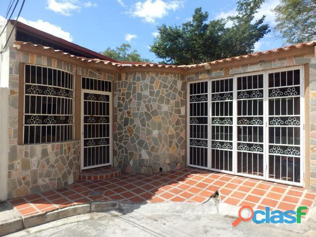Casa en venta en Maracay, Urb. Villas Antillanas Cod. 18