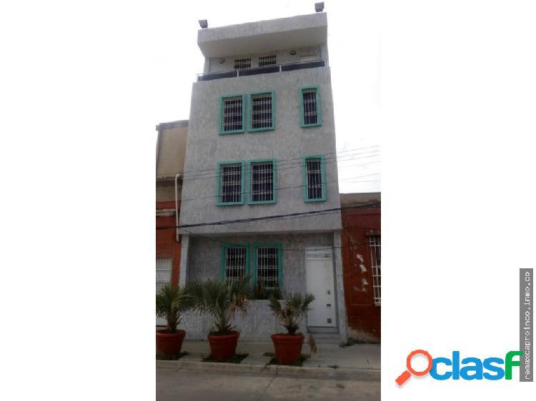 Edificio a Estrenar en Puerto Cabello