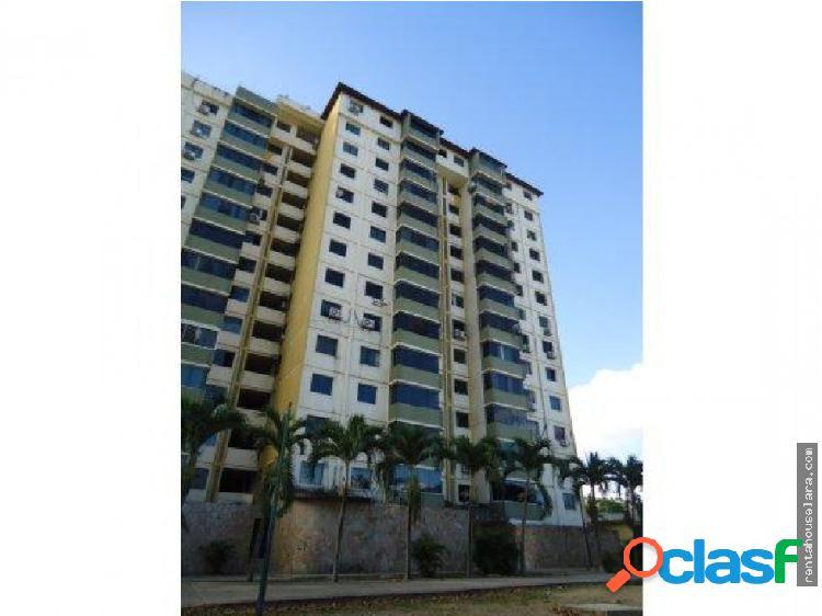 En venta Bello Apartamento en Cabudare 18-6747
