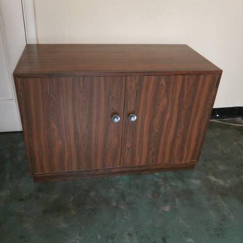 Mueble En Formica Marron