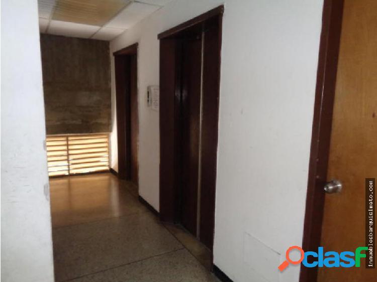 Oficina en alquiler en Barquisimeto Flex18-9131