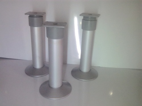 Pata De Aluminio Con Base Plástica Para Muebles